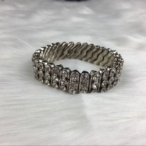 Vintage Jewelry - Vintage Silver Tone Rhinestone Stretch Bracelet